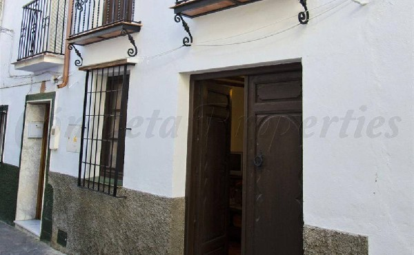 Townhouse in Canillas De Aceituno