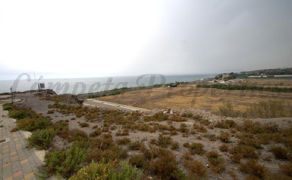 Perceel buiten dorp/stad in Vélez-Málaga
