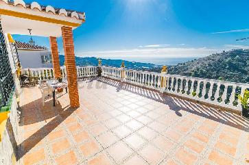 Country Property in Torrox
