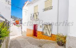 Dorpshuis in Canillas De Albaida
