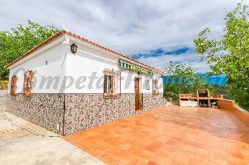 Country Property in Canillas De Albaida