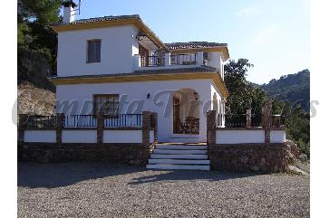 Country Property in Comares