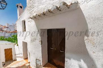 Casa Pueblo en Sedella