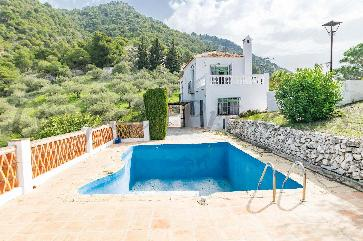 Country Property in Frigiliana